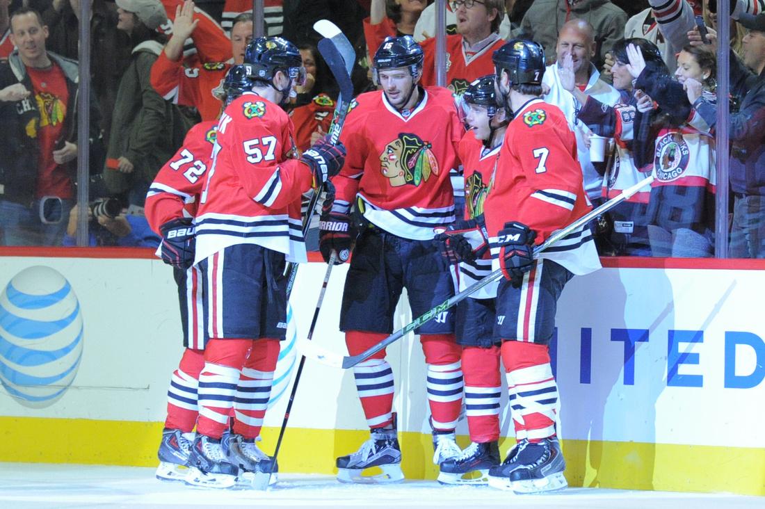 NHL: NOV 15 Flames at Blackhawks