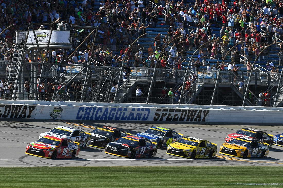AUTO: SEP 18 NASCAR Sprint Cup Series - Teenage Mutant Ninja Turtles 400