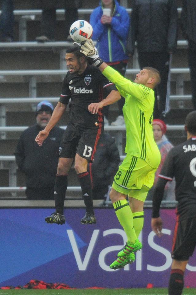 SOCCER: APR 30 MLS - DC United at Fire